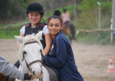 Lina stage poney
